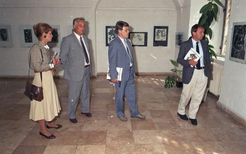 Egy régi kép: gerlingeni városi vezetők a tatai várban 1987-ben