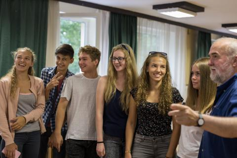 Tizenötödik alkalommal találkoztak a Kárpát-medencei fiatalok Tatán a művészetek berkeiben