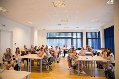 A Nemzeti Összetartozás Napja és anyanyelvőrző diákok találkozója Tatán